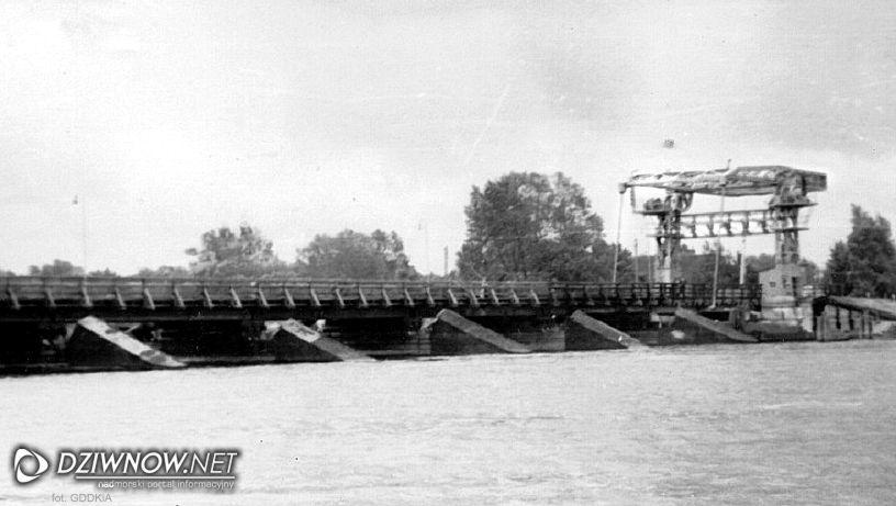 Dziwnów most