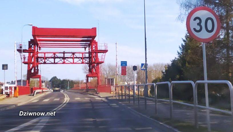 Most Dziwnów